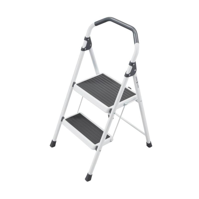2-Step Ladder Capacity Rating