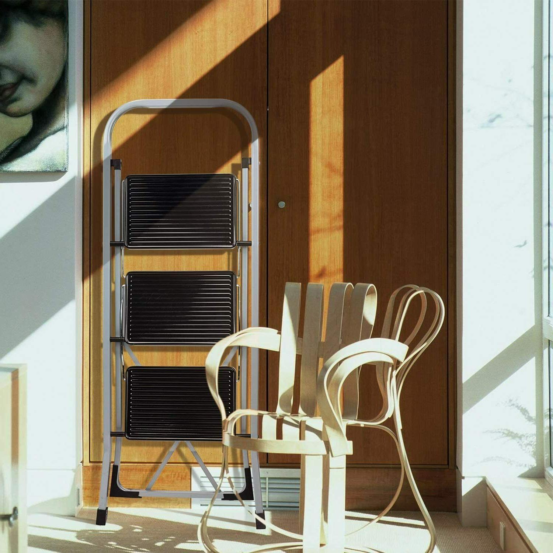 3 4 Ladder Folding Step w/ Handgrip Pedal -