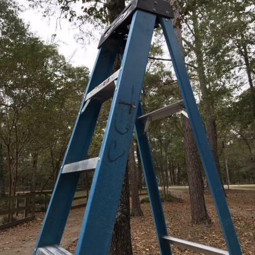 Used Werner 8 Fiberglass Step Ladder